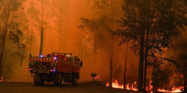 Grote brand woedt ten noorden van Sydney