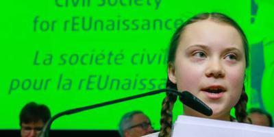Zweeds klimaatboegbeeld spreekt politici toe