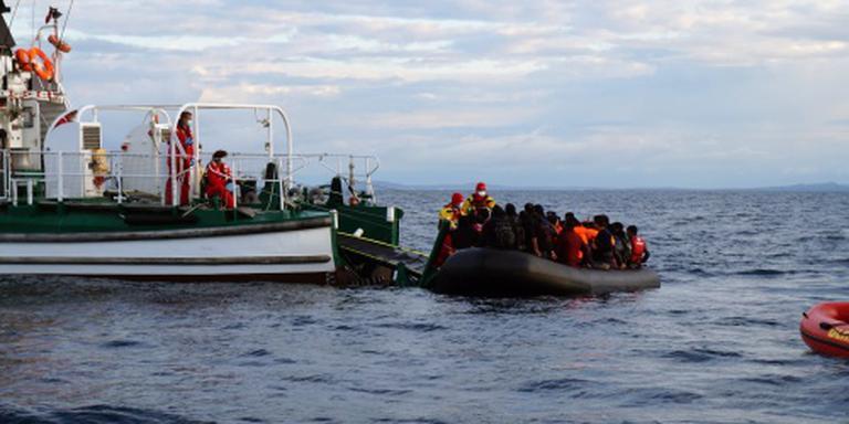 Stroom migranten naar Griekenland houdt aan