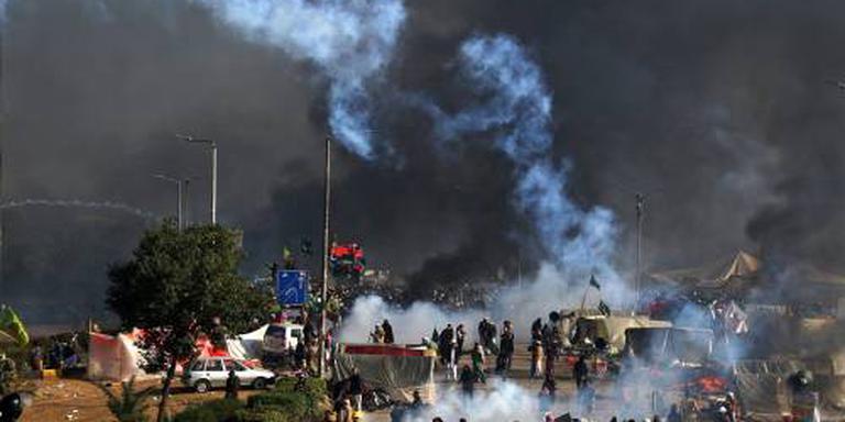 Protest Pakistan beëindigd na vertrek minister