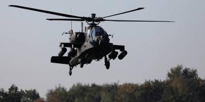 Heli's hebben radaroefening in Engeland