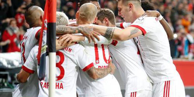 Bayern München wint met Robben in Leverkusen