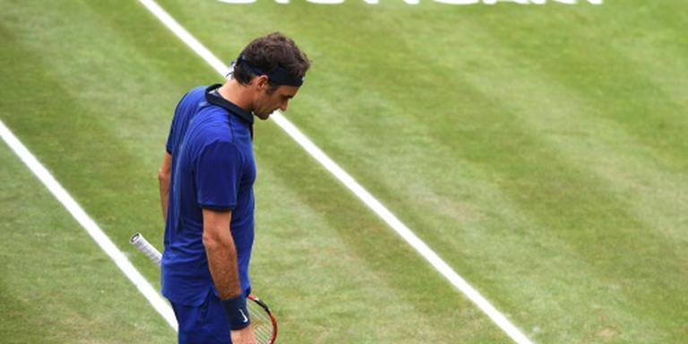Federer onderuit in Stuttgart