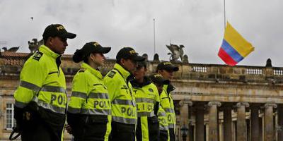 Colombianen lopen mars tegen terreurgeweld