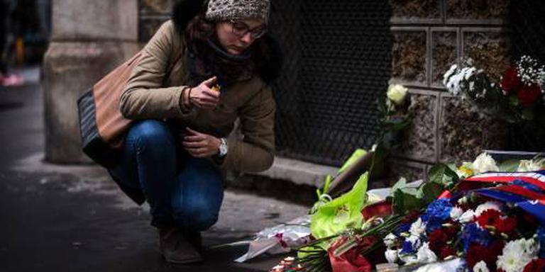 Parijs herdenkt slachtoffers aanslagen