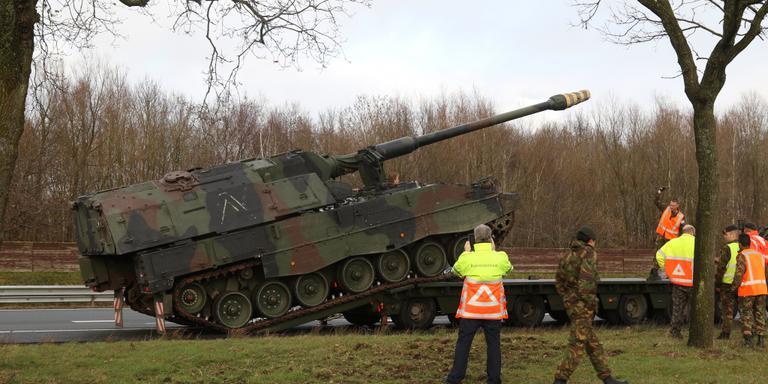 Tank strandt op A7 bij Zuidbroek. Foto Marcel Klip 112Groningen