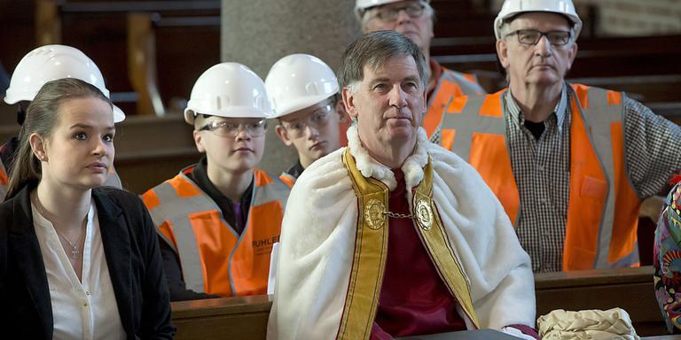 Burgemeester Bijl als keizer Augustus