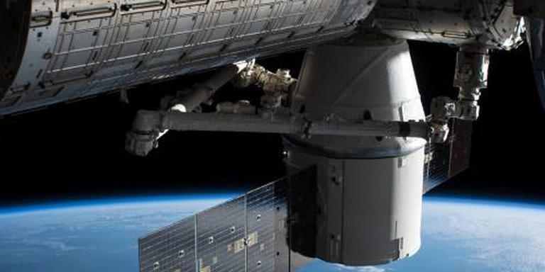 Ruimteschip 'Dragon' op terugweg naar aarde