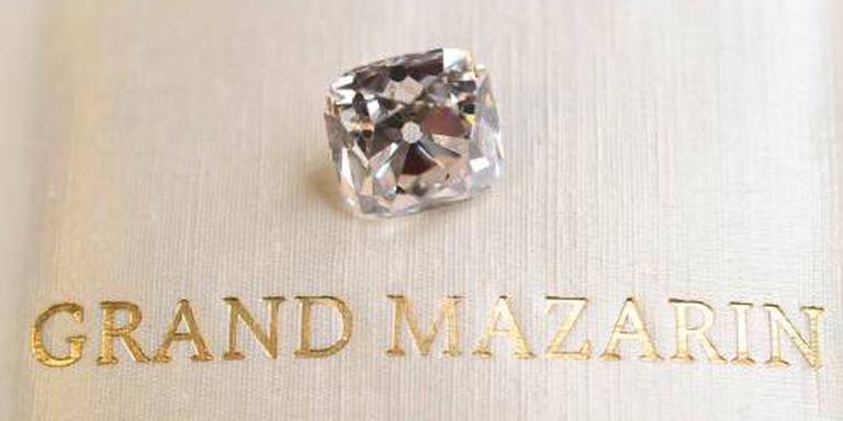 Vele miljoenen voor diamant van Napoleon