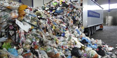 Een berg afval. FOTO ARCHIEF DVHN