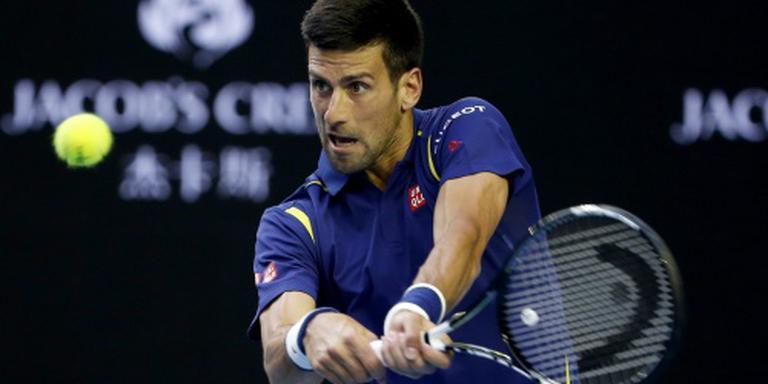 Djokovic ontmoet Federer in halve finale