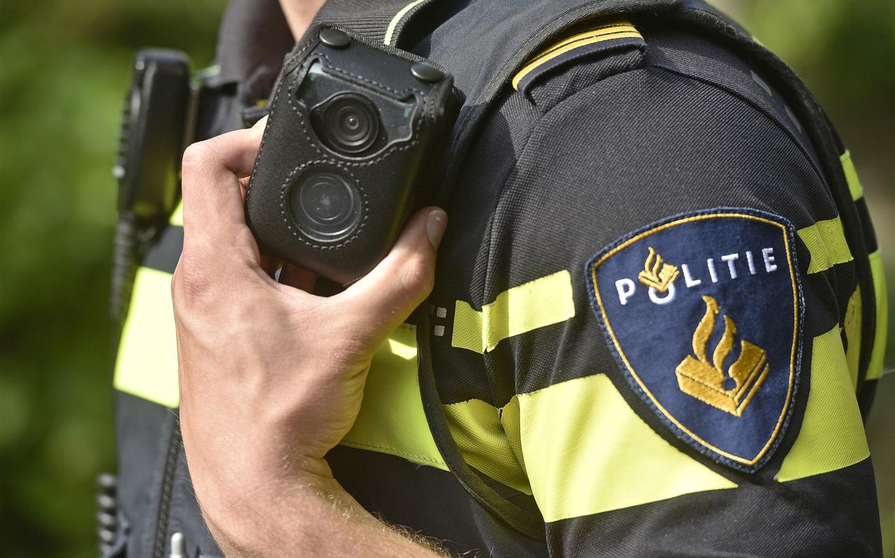 De politie is enthousiast over de bodycam, maar wat betekent die voor de privacy van het publiek? Foto: ANP