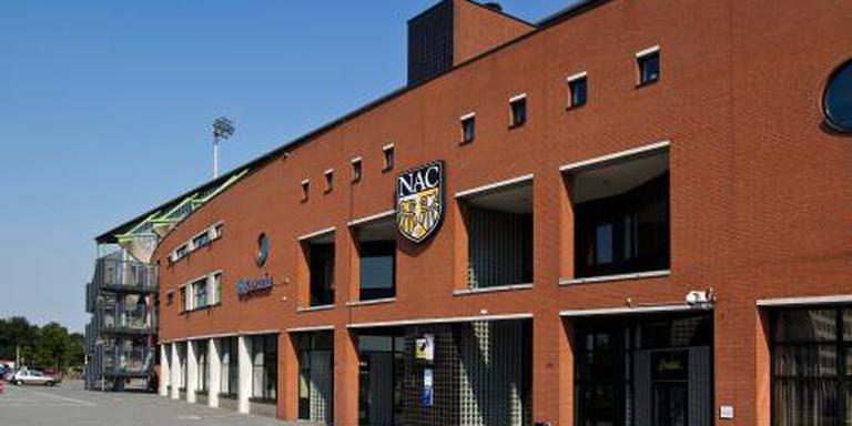 NAC huurt middenvelder van Manchester City