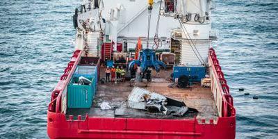 WNF: containers misschien op schelpdierbank