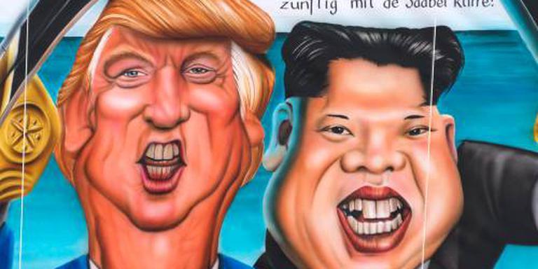 Trump aanvaardt uitnodiging, gesprek in mei