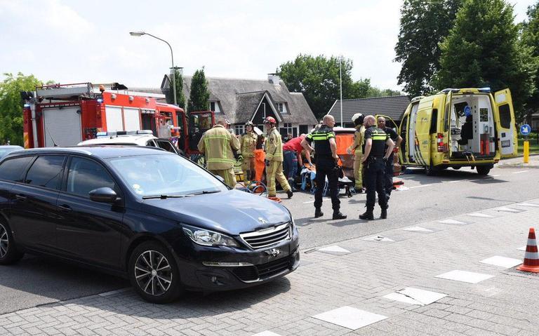 Vrouw gewond bij botsing op kruising in Klazienaveen.