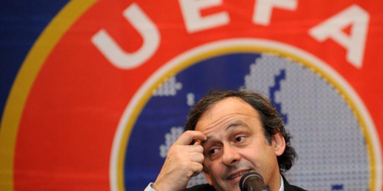 UEFA blijft achter Platini staan