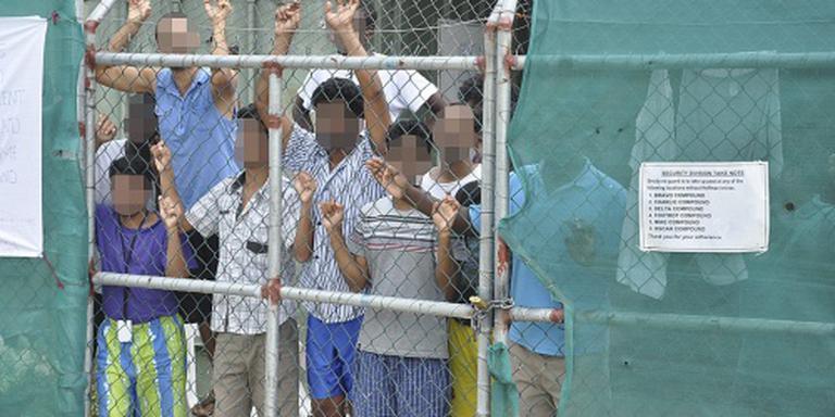 Omstreden asielkamp Manus gaat dicht