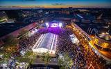 TT Festival Assen is op vroege avond familiefeest (maar de gitaren, bier en ruige mannen blijven)