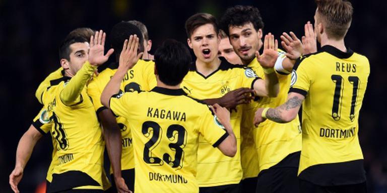 Dortmund volgt Bayern naar Duitse bekerfinale