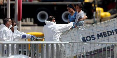 Frankrijk helpt migrantenschip Aquarius