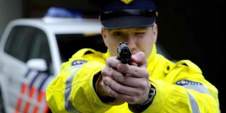 Agenten slagen massaal voor schiettoets
