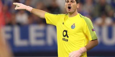 Casillas langer bij FC Porto
