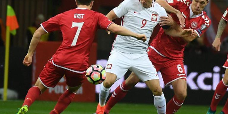 Polen winnen door hattrick Lewandowski