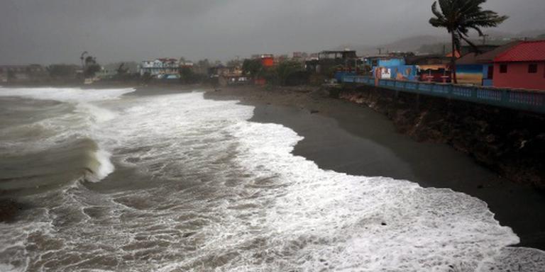Florida zet zich schrap voor orkaan Matthew