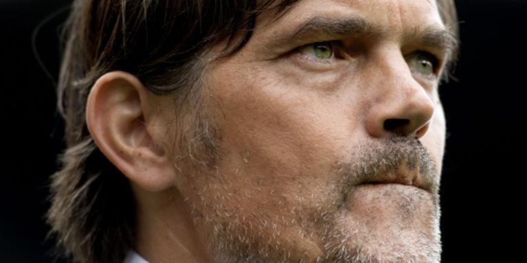 Cocu schaamt zich voor PSV-aanhang