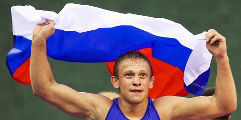 Tientallen Russische worstelaars betrapt
