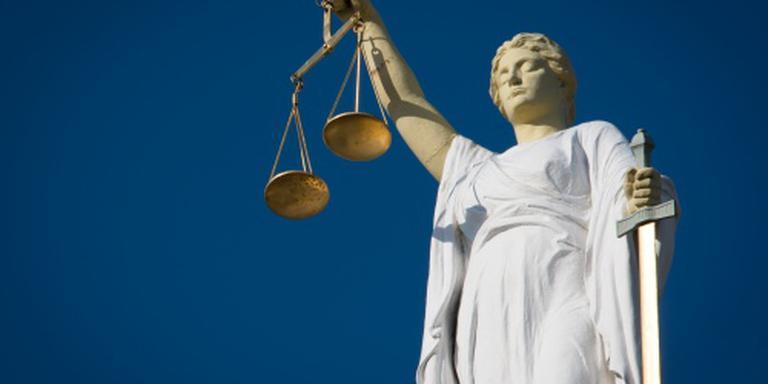 Rechter: bekijk omstandigheden cellen Turkije