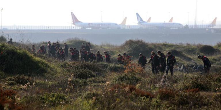 Vliegtuigen beschadigd na explosie Istanbul