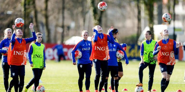 Late wissel bij voetbalsters tegen Noorsen