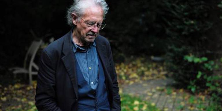 Verzet Tegen Nobelprijs Voor Literatuur Handke Buitenland