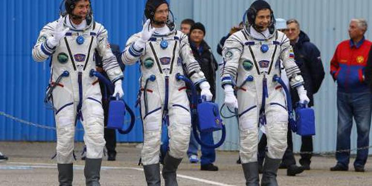 Astronauten met maand vertraging naar ISS