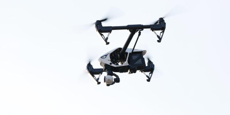 Drone rakelings langs Boeing boven Schiphol