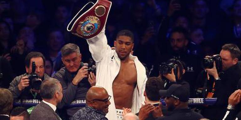 Joshua bokst in Wembley tegen Povetkin