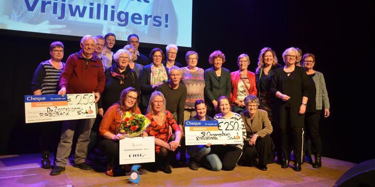 De winnaars van de Vrijwilligersprijzen 2019 van Stadskanaal. Foto: Persbureau Meter