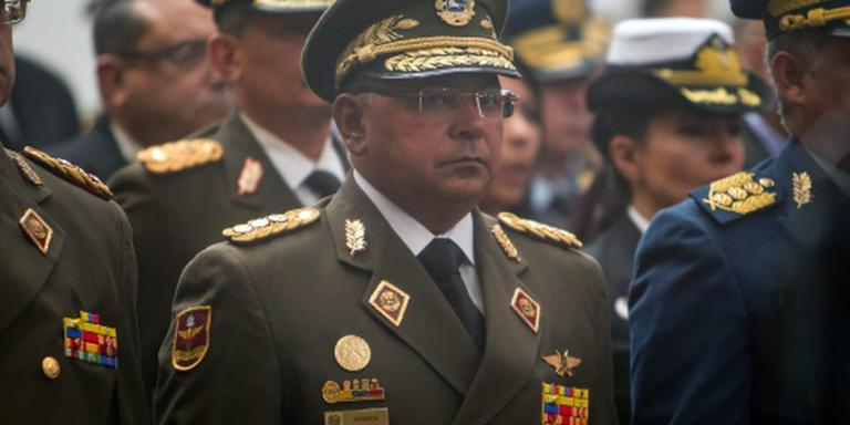 Maduro benoemt drugsverdachte tot minister