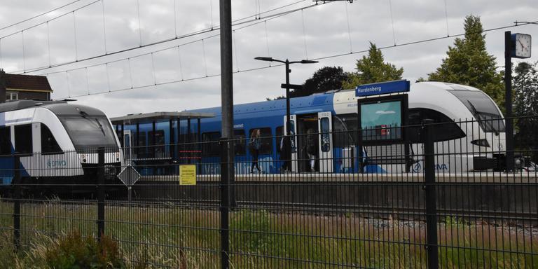 De kapotte trein in Hardenberg. Foto: Herman van Oost