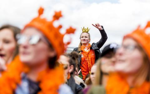 De route, de festiviteiten, de verkeersmaatregelen: dit moet je weten als je Koningsdag in Groningen viert (+kaart)