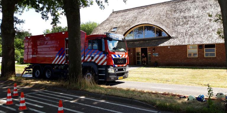 Een brandweerauto voor de zorginstelling in Gieten. Foto: DvhN/Stef Blokhuis