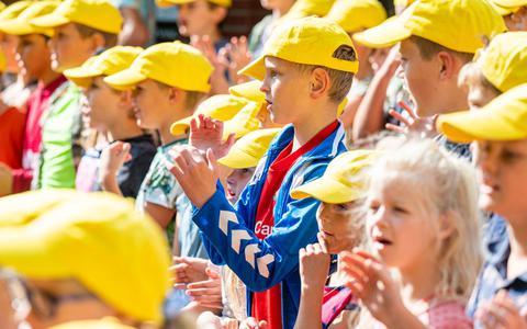 Apetrots zijn de leerlingen van het fonkelnieuwe kindcentrum SPEEL en LEER in Veenhuizen.