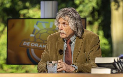 Johan Derksen tevreden over Oranjezomer zonder ruzies. 'Voetbal plus noem ik het'