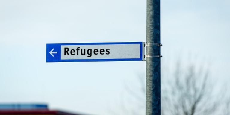 Honderden mensen mogen van azc naar Den Haag