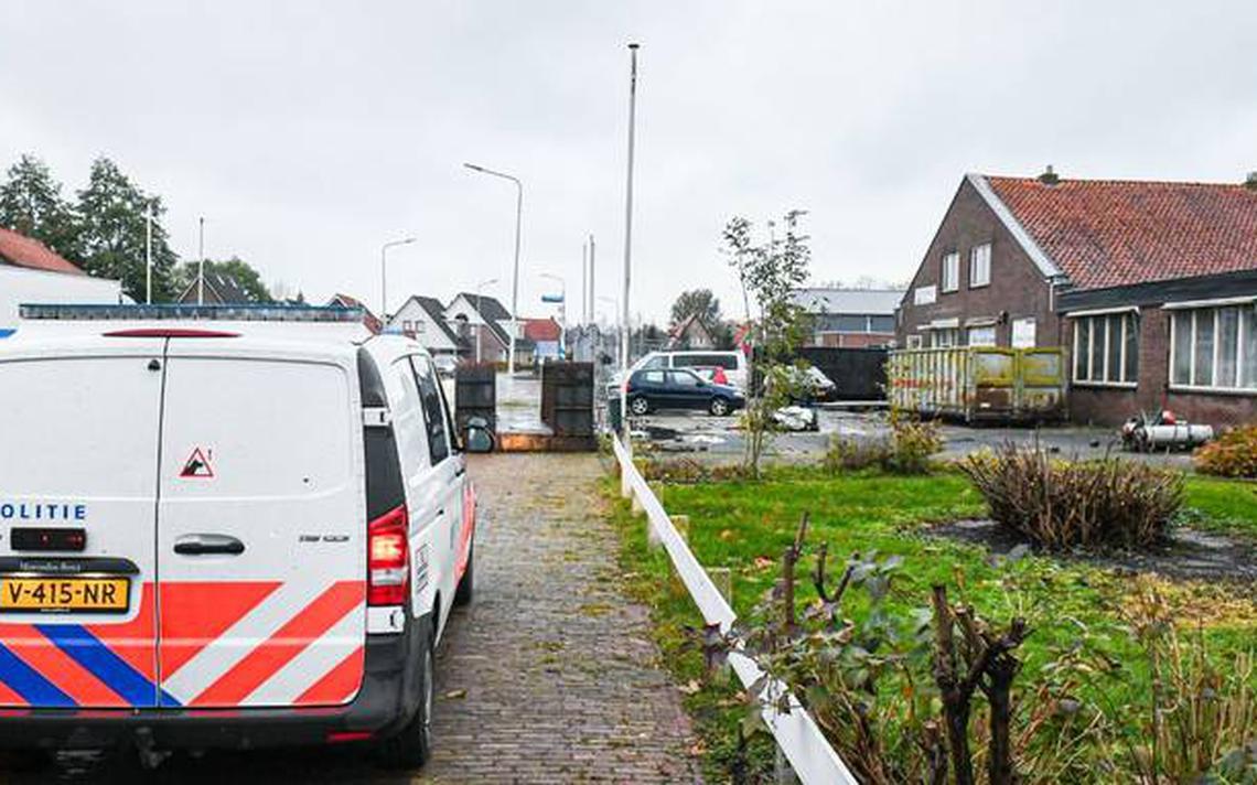 Tientallen busjes gestolen en gestript: drie leden No Surrender aangehouden in Noordwolde en Vledder - Dagblad van het Noorden