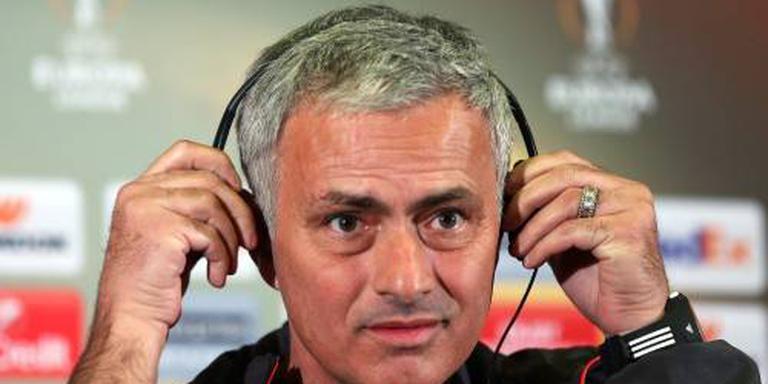 Mourinho geeft aankoop kans tegen Feyenoord