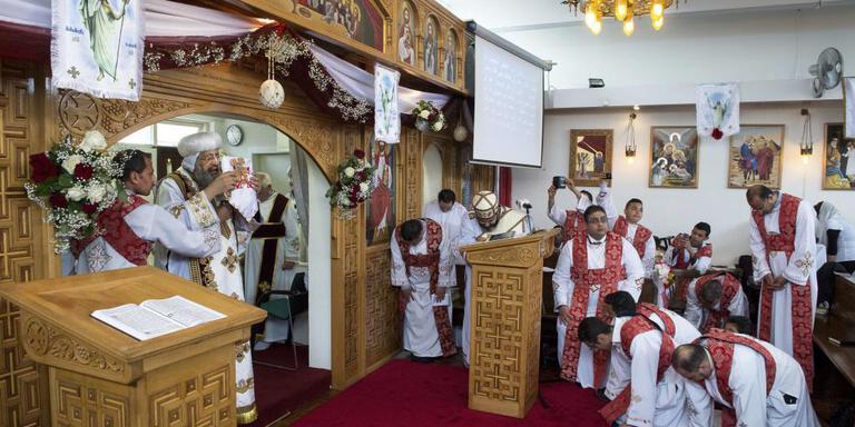 Paus wijdt Koptische kerk Assen