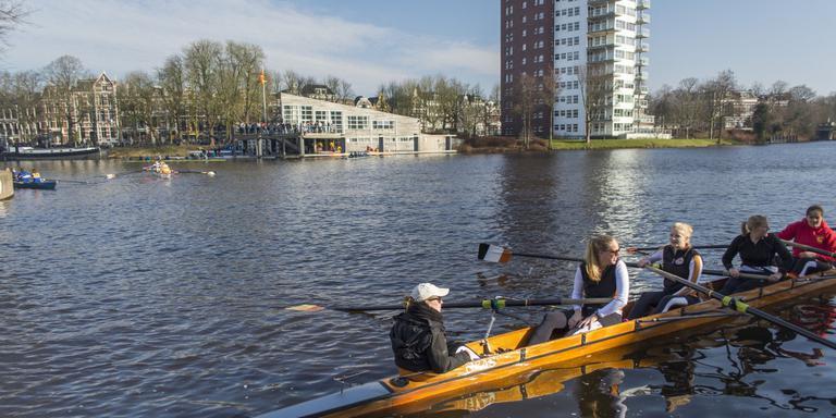 Enorme watersportbaan bij kanaal langs A28